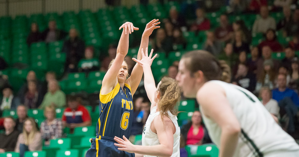 Women's basketball wins Game 1 of semifinal over TWU