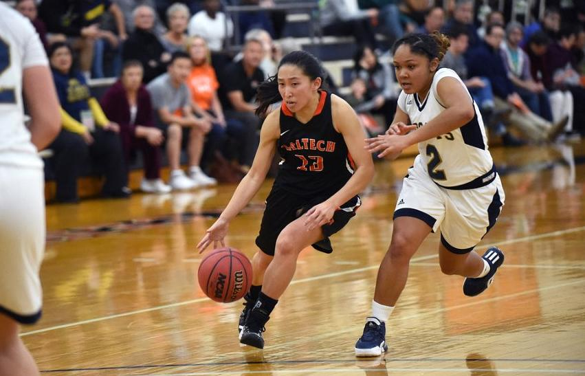 Wong Sisters Pace Women's Basketball Against Willamette