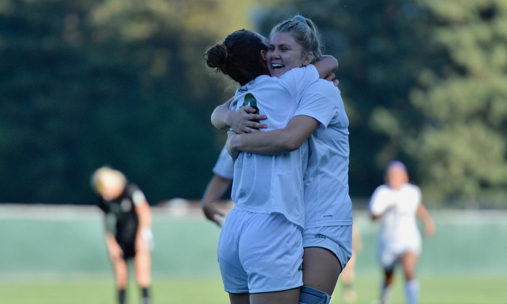 WOMEN'S SOCCER CRUISES TO 3-0 WIN AFTER SECOND-HALF OFFENSIVE OUTBURST