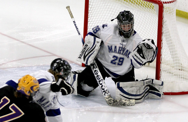 Women's Hockey Victorious on Opening Day