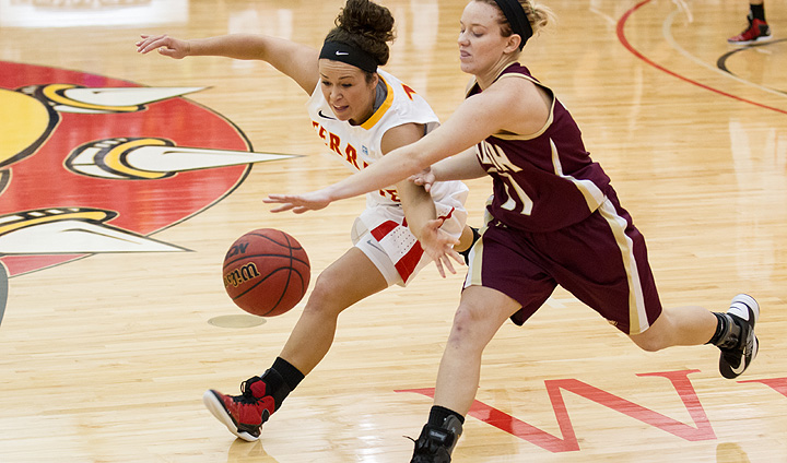 PREVIEW: Women's Hoops Set To Battle MTU & NMU At Home