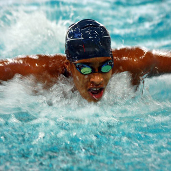Swimming & Diving Edged by Wellesley