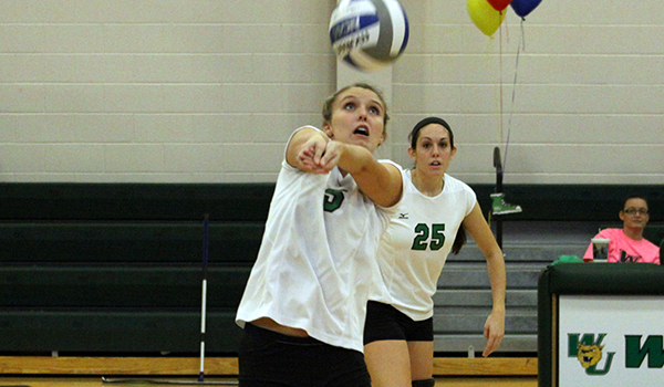 Five Players with Double Digit Digs Pace Wilmington Volleyball, 3-0, Past Post