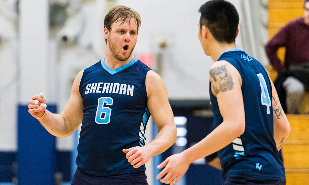 Men's volleyball downs St. Clair to end slide