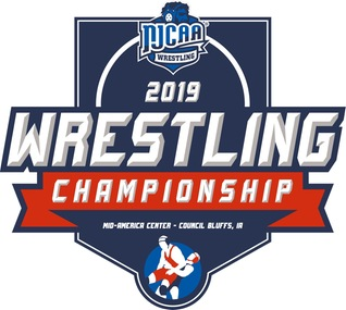 MCAC Wrestlers Conclude Season at National Tournament