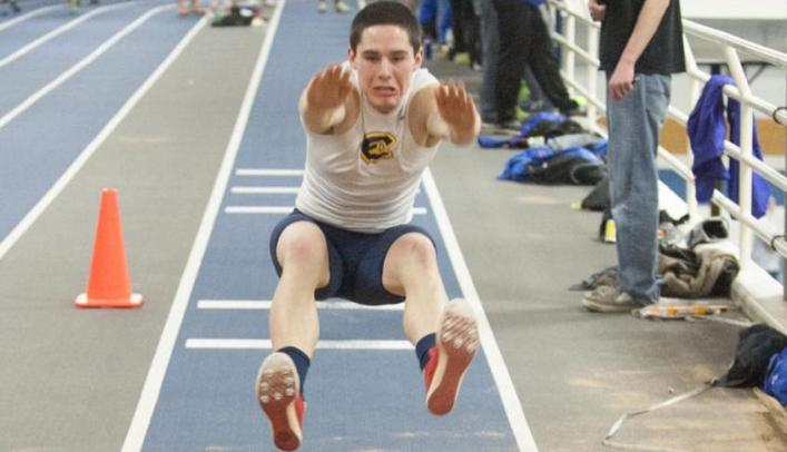 Men's Indoor Track & Field Wins Nine Events at Pointer Invite
