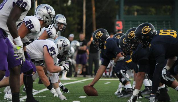Blugolds fall to No. 4 Tommies in home opener