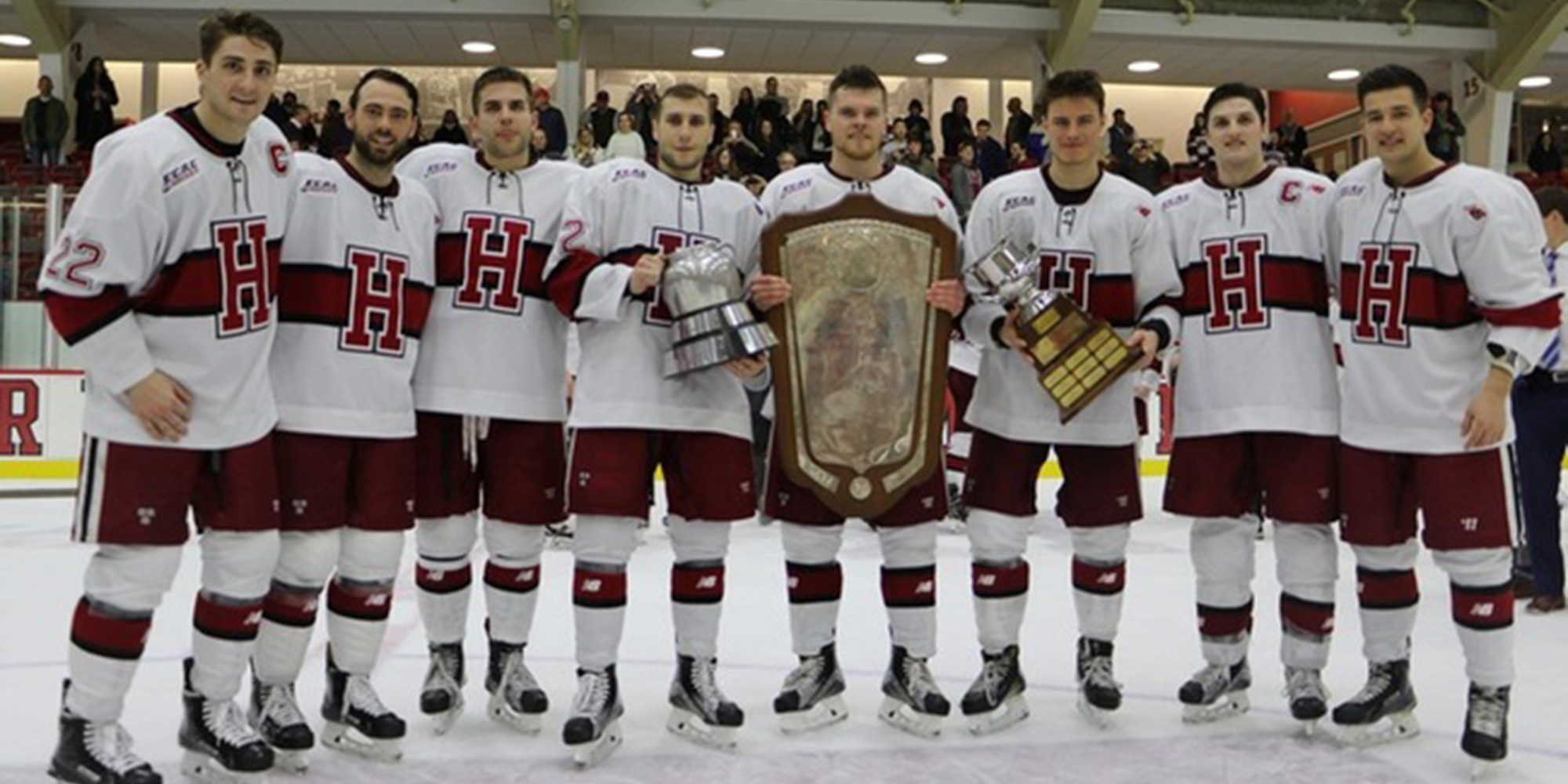 No. 3 Harvard Earns Share of ECAC Hockey Regular Season Title With Win Over St. Lawrence
