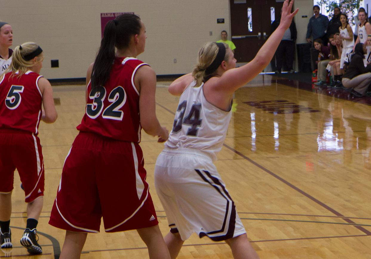 Scots Women's Basketball loses on the road Saturday 63-53 at Olivet
