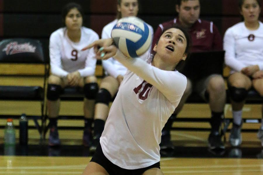 Women's Volleyball Wins 5th Straight