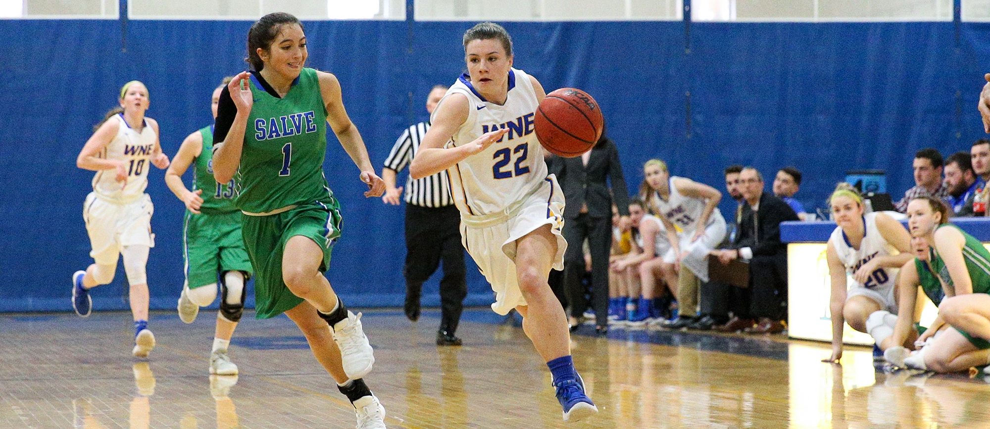 Sophomore guard Emily Farrell scored a career-high 17 points in her first collegiate start on Tuesday night as Western New England picked up its first win at Eastern Nazarene in five years (photo by Chris Marion).