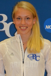 Cross Country: Heidi Kaartinen