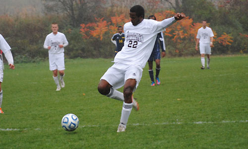 Achekh and Potter combine for UMF win in opener