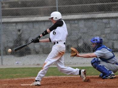 Petrels Drop Final Game of Series to Rhodes