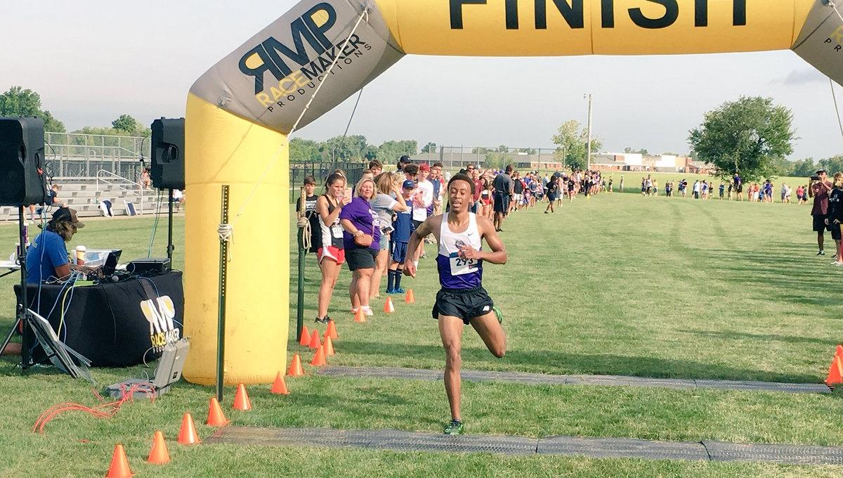 Boys' XC Takes 2nd at Brownsburg Invite