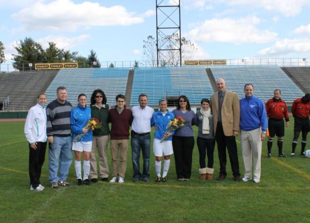 Women Drop 1-0 Decision on Senior Day