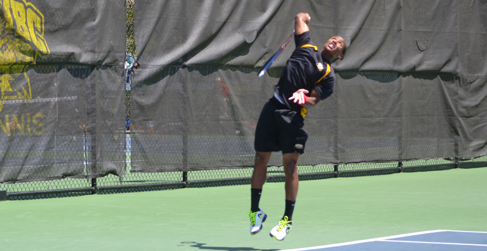 Carter Wins Three-Set Thriller, But Men's Tennis Falls to No. 54 GW, 6-1