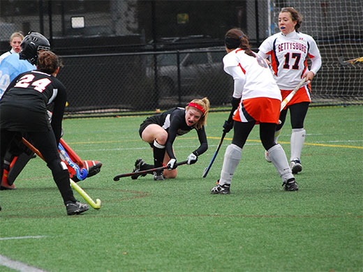 Win over Bullets sends field hockey into championship game