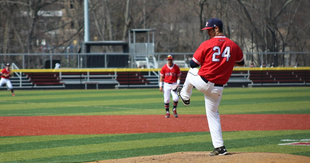 Baseball Enjoys Sweep of Concordia College Clippers