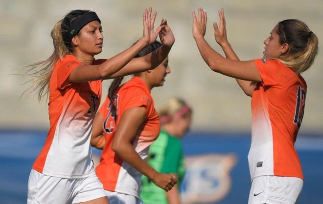 Fullerton Knocks Out Utah Valley in 3-0 Finish