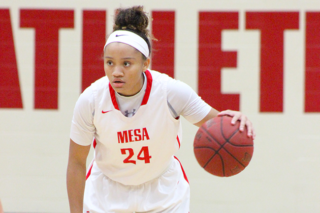Takara Wade finished with eight points, eight rebounds and 10 assists in Mesa's win over Tohono O'Odham. (photo by Aaron Webster)