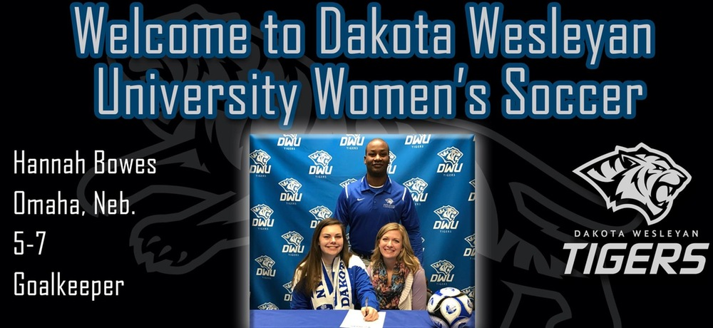 Hannah Bowes inks with DWU women's soccer for 2017 season