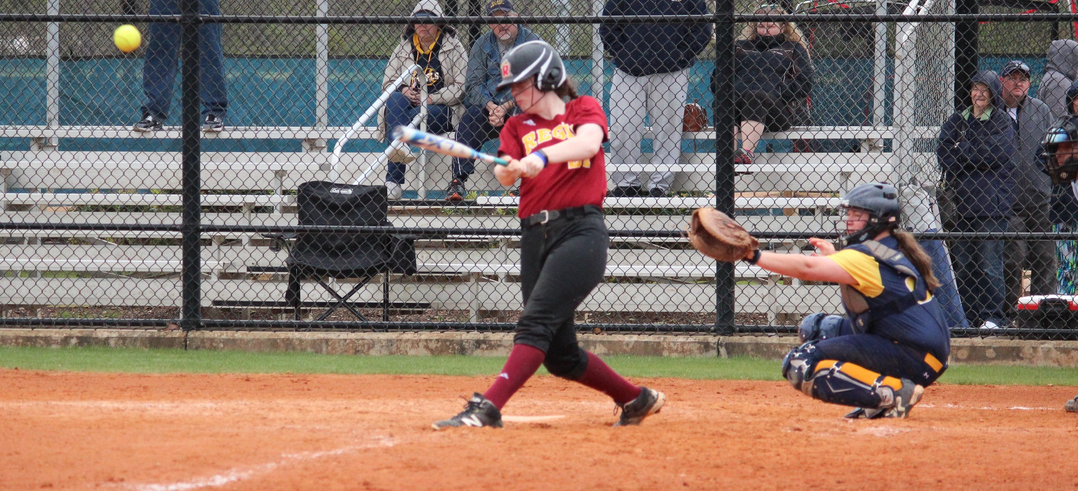 Softball Completes Doubleheader Sweep with Win over Medaille