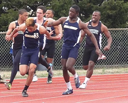 Gallaudet starts season with 5th place showing at the Lloyd Sigler Spring Meet