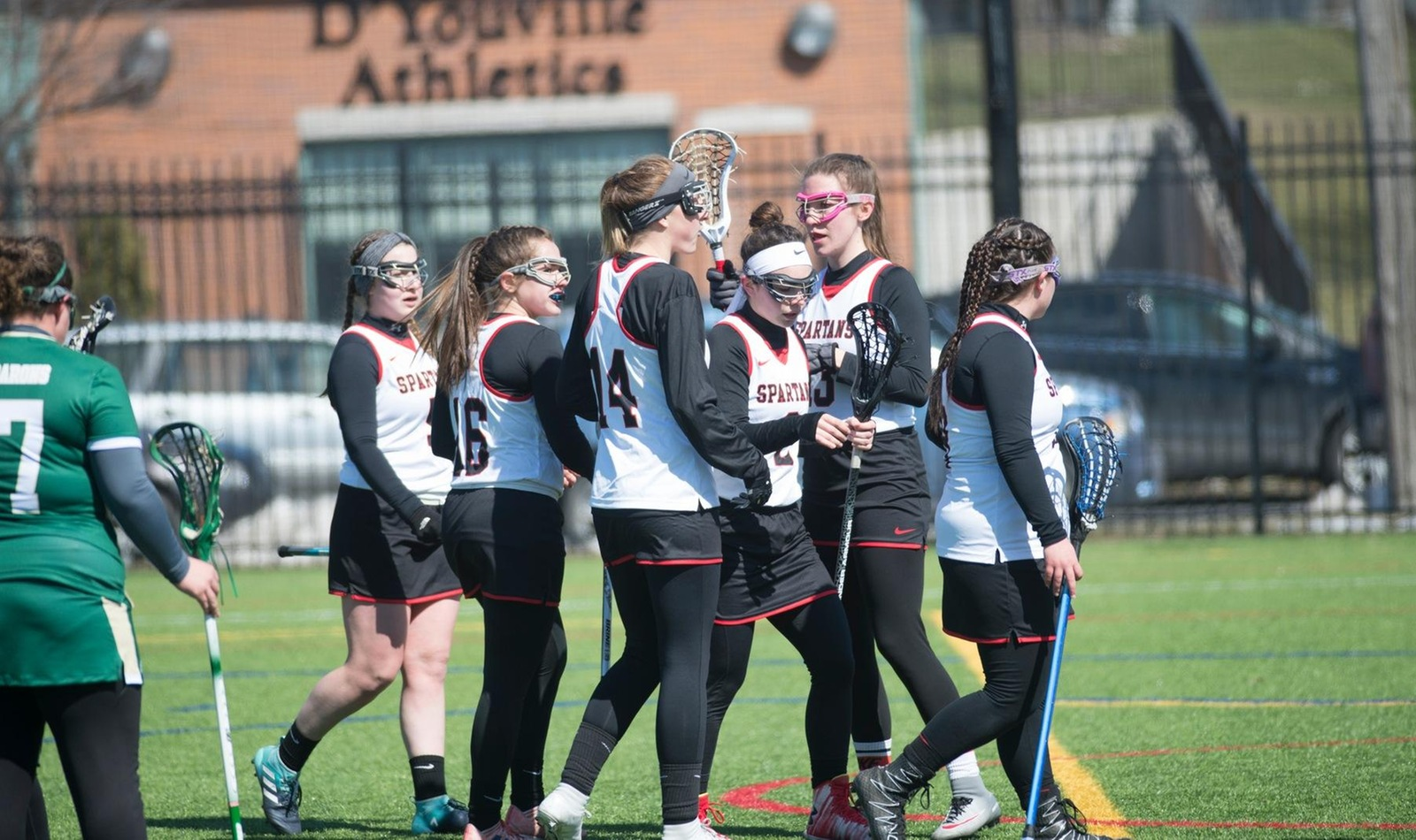 Women's Lacrosse Closes Out Season on Senior Day