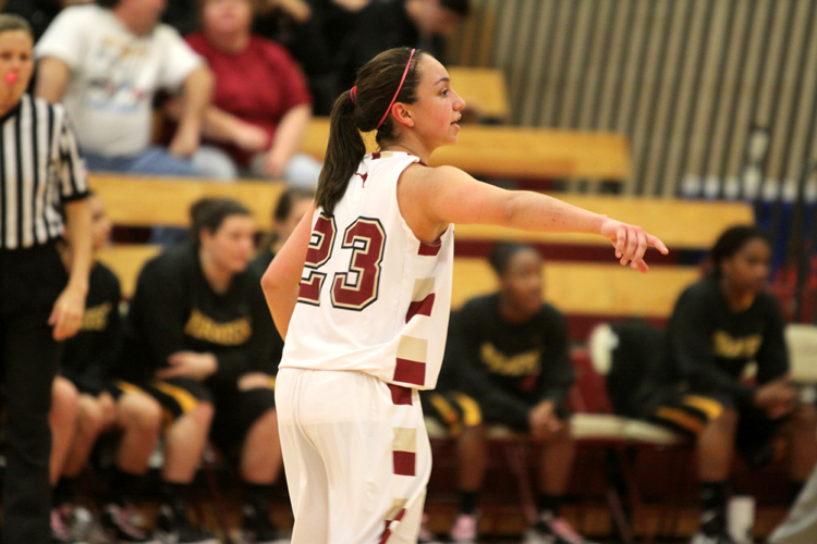 Big Second Half Propels Trinity Past 'Roo Women's Hoops