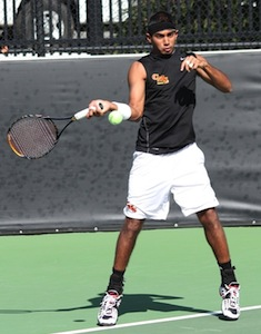 Men's Tennis Splits Openers