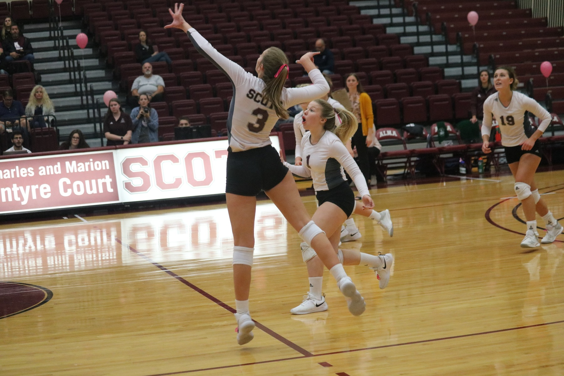 Career days by Majerle and Miller lead Volleyball to Victory