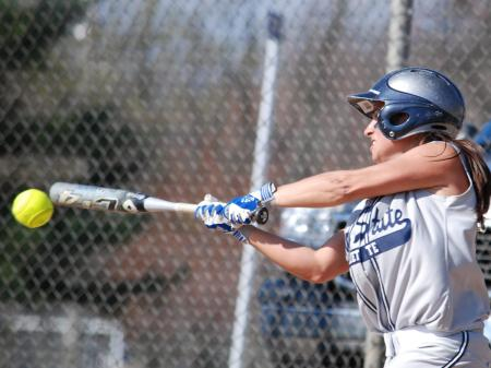 Bats Spark Roaring Lions Sweep of Penn State Greater Allegheny