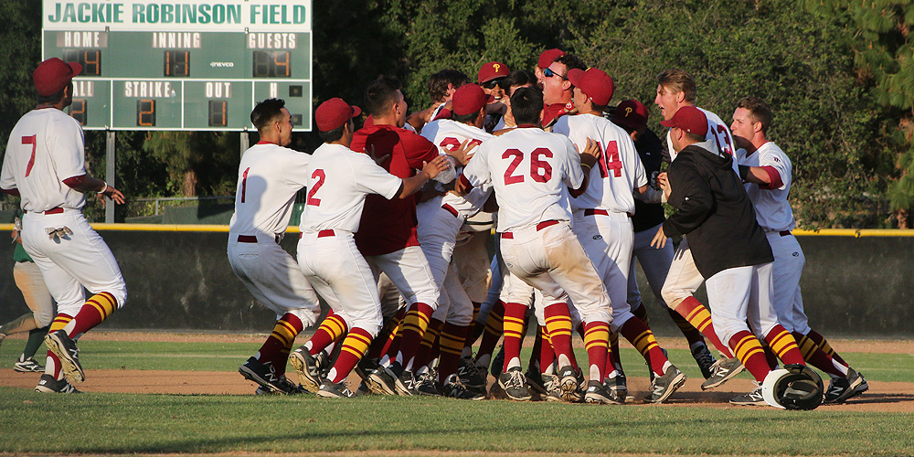 Baseball Outlasts ELAC In 11 Innings, 5-4