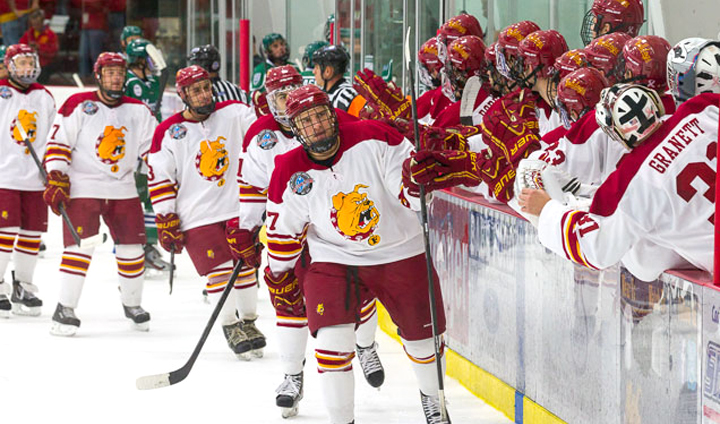 Bulldog Hockey Bounces Back To Earn Weekend Split