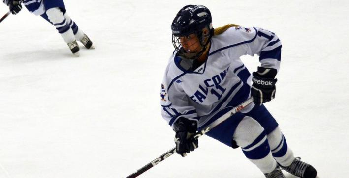 Women's Hockey drops road NCHA game at St. Norbert