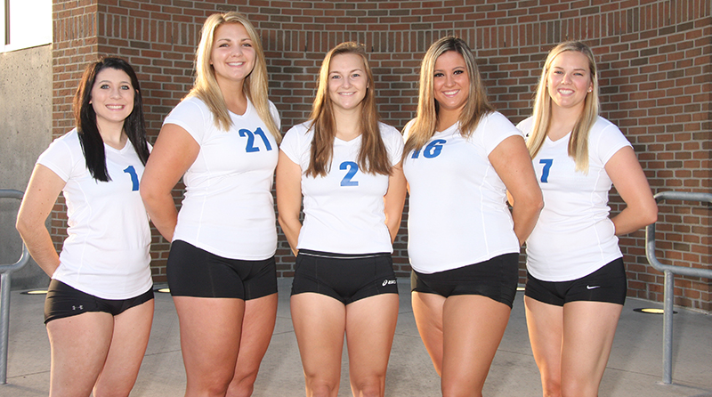 Saints Sweep Grove City, 3-0, on Senior Night
