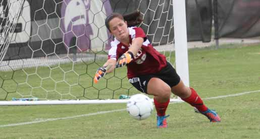 Davidson scores early, wins 2-0 despite nine Brown saves