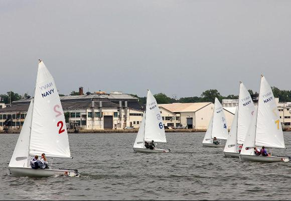 Bears Advance to College Sailing Women's National Championship Finals