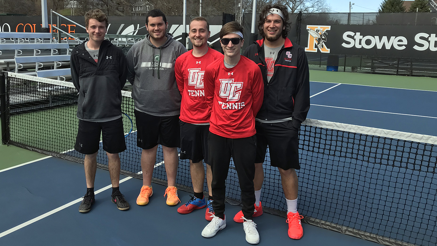 Men's tennis team blanked by Kalamazoo
