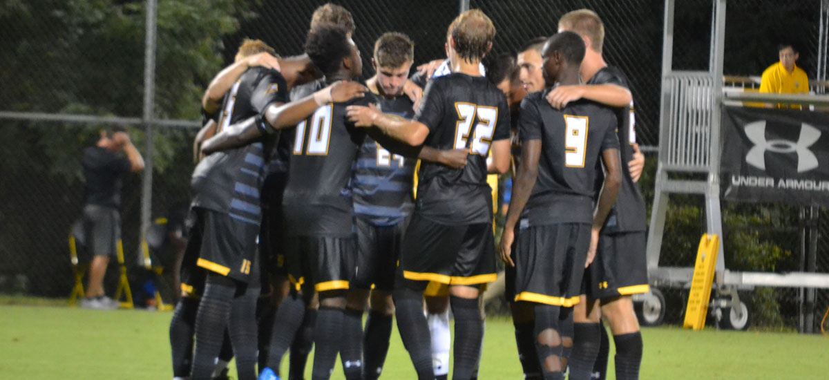 Men's Soccer Falls to Air Force, 2-0 on Sunday Night