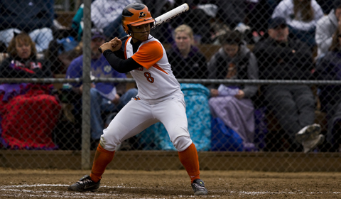 Softball Loses Battles to Pacific on Senior Day