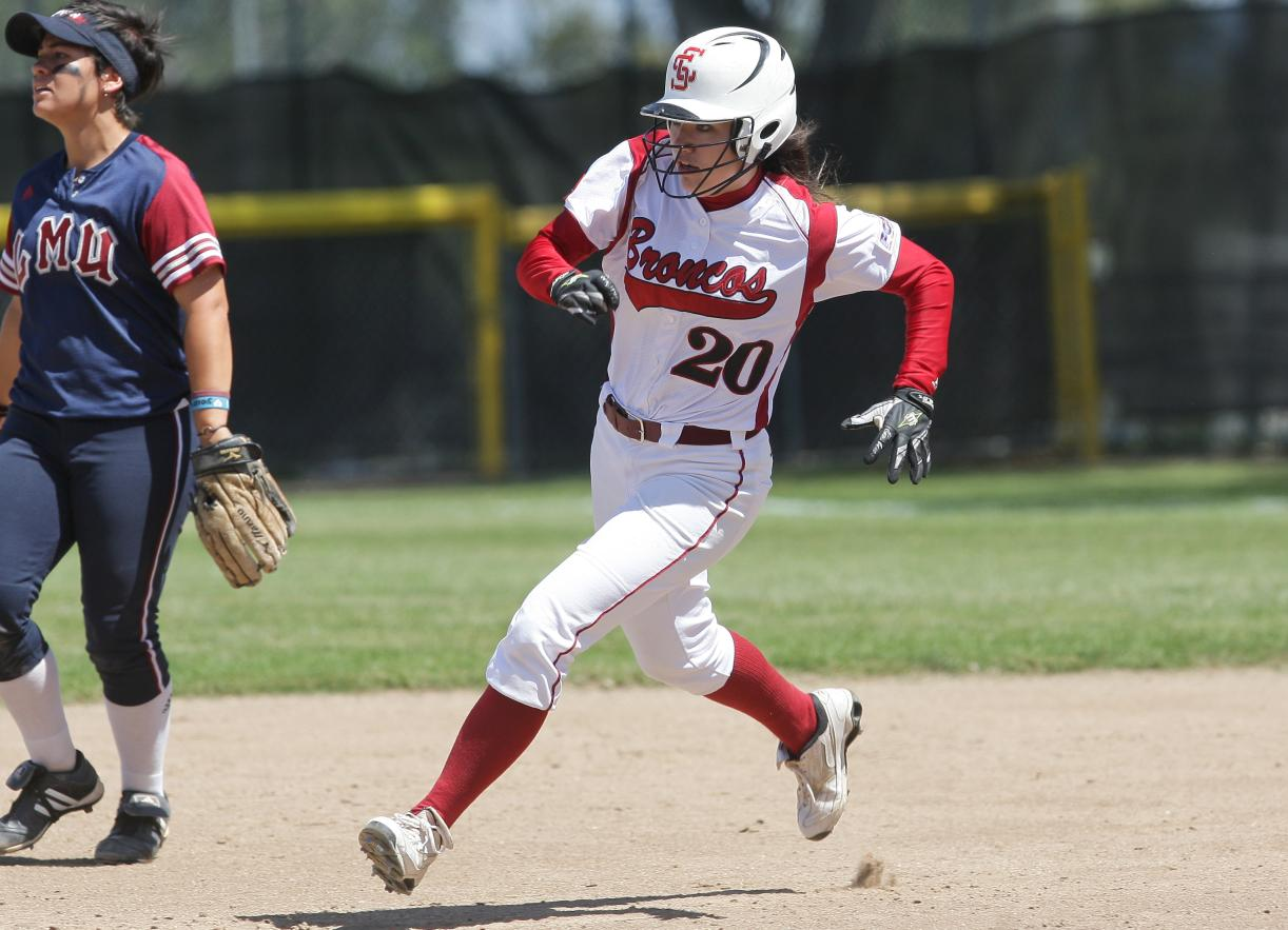Stephanie Fisher and a Much-Improved SCU Softball Team Ready for 2012 Opener