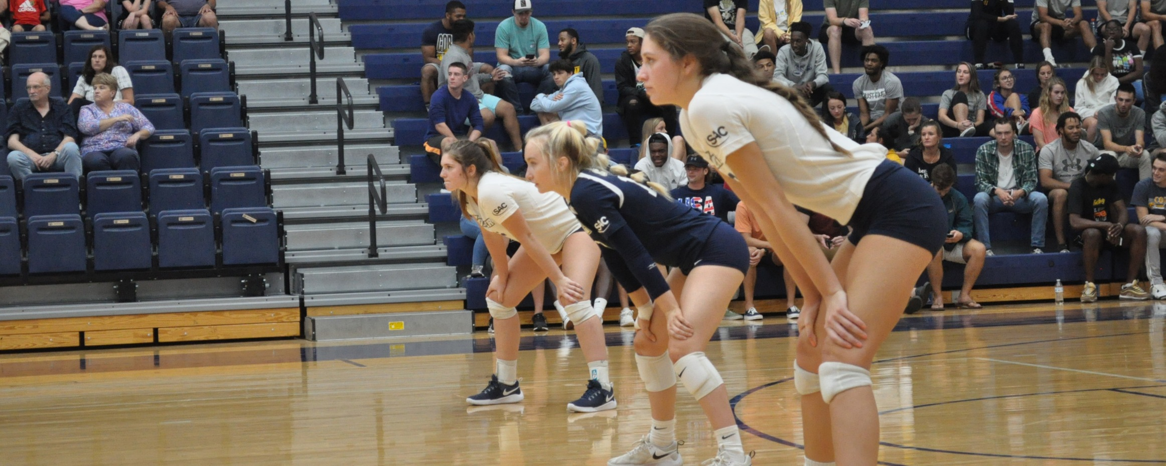 Volleyball Drops Four-Setter to Lincoln Memorial on Saturday
