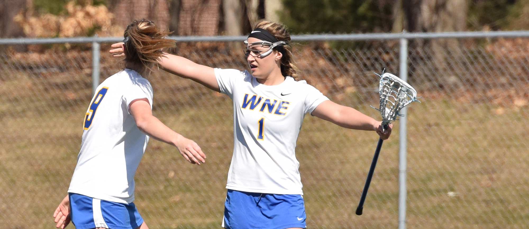 Nor'easters Edge Golden Bears in Overtime, 14-13