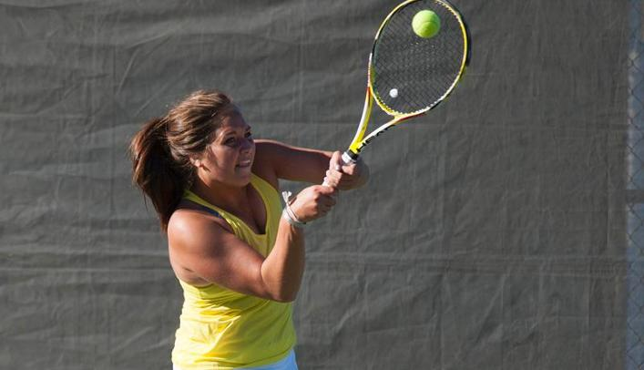 Women's Tennis Closes Weekend with Win at Oshkosh