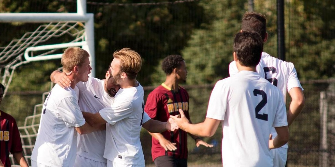 Mee Lifts Men's Soccer Over MIT, 1-0