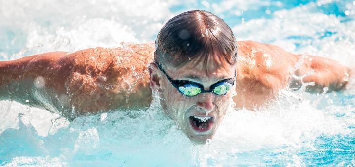 Oxy Swim Teams Post Solid Times at Pepperdine