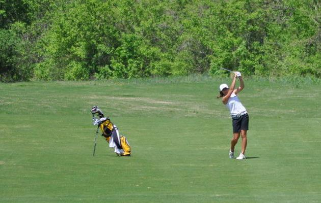 Coker Women's Golf Takes 16th at Lady Bearcat Invite.