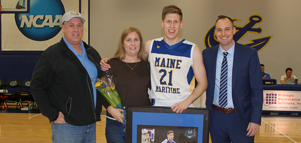 Mariners Fall Short Against Eagles on Senior Night; Secure Spot in NAC Tournament